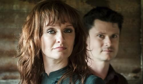 Kathryn Roberts & Sean Lakeman - The Ballad of Andy Jacobs (Live Video)